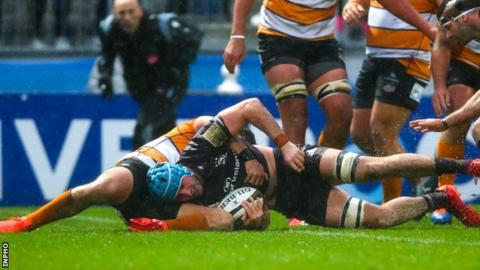 Will Connors scores for Leinster