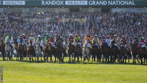Tiger Roll 1st back-to-back Grand National champ in 45 years