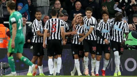 Ayoze Perez's celebrates second-half goal