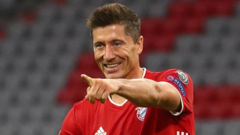 Robert Lewandowski celebrates scoring for Bayern Munich against Chelsea