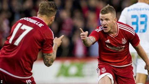 Jonny Hayes (right) celebrates scoring Aberdeen's second goal