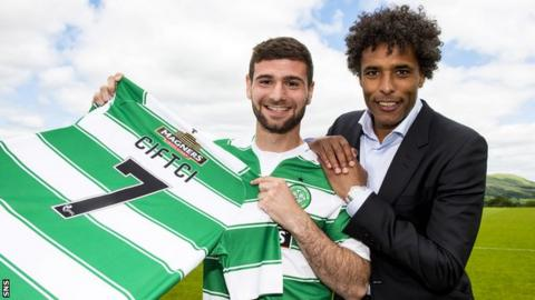 Nadir Ciftci and agent Pierre van Hooijdonk with the Celtic No.7 jersey