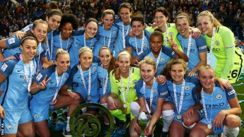 Manchester City Women celebrate winning the WSL 1 title