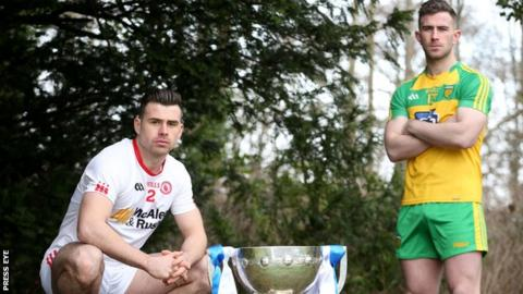 Patrick McBrearty (right) with Tyrone's Darren McCurry at the launch of the Football League in Belfast on Sunday