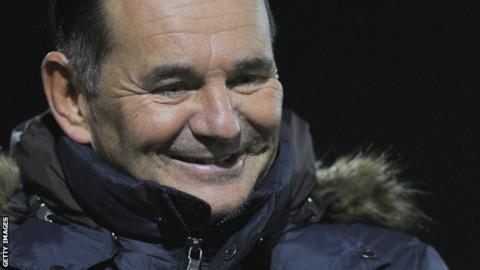 Sutton manager Paul Doswell