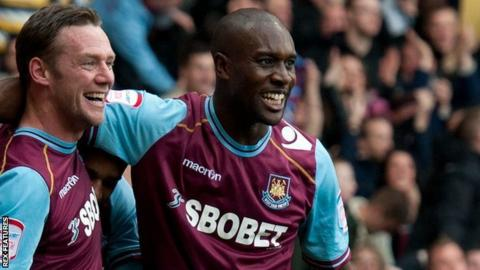 Kevin Nolan (left) and Carlton Cole