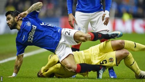 Rangers' Daniel Candeias tackles Santiago Caseres