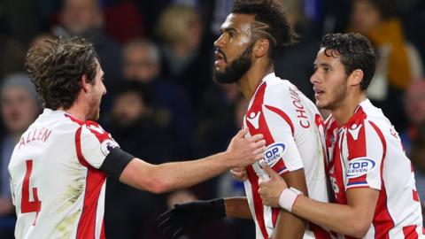 Eric Maxim Choupo-Moting celebrates