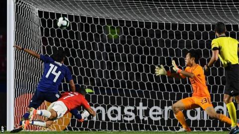 Copa America: Alexis Sanchez scores as Chile beat Japan