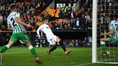 Rodrigo scores for Valencia