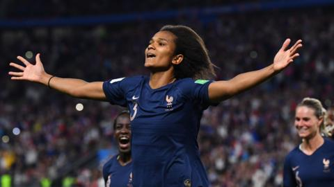 France celebrate scoring against Nigeria at the 2019 Women's World Cup