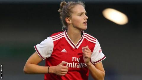 Vivianne Miedema: Arsenal's striker on Virgil van Dijk & Dutch success