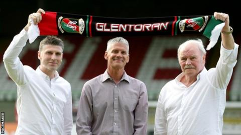 Leeman, Smyth and McFall will form part of the new management team at Glentoran