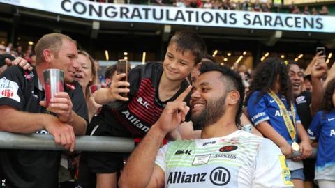 Billy Vunipola celebrates with Saracens fans