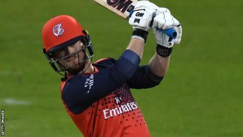 Alex Davies bats
