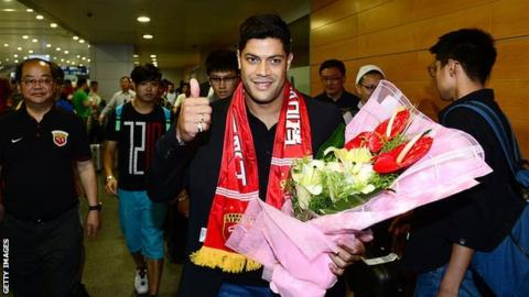 Hulk arrives in Shanghai