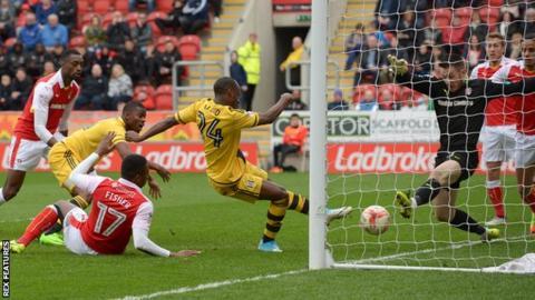 Fulham's Sone Aluko scores against Rotherham