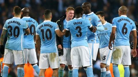 Manchester City scorer Kevin de Bruyne celebrates with team-mates after the win over PSG