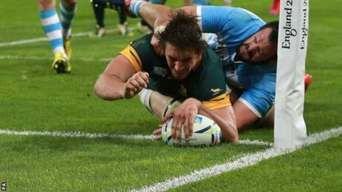 Eben Etzebeth scored for South Africa
