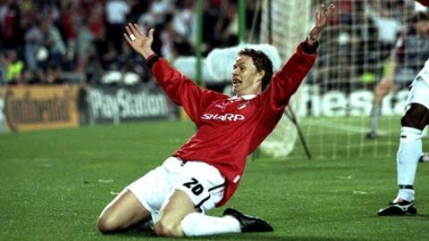 Ole Gunnar Solskjaer celebrates in 1999