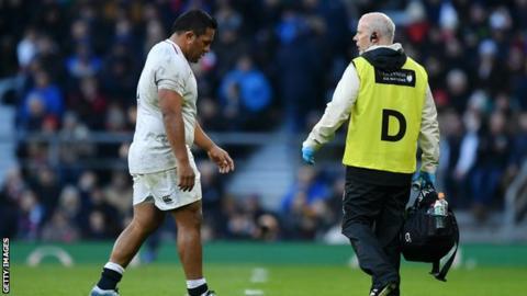 Mako Vunipola walks off the field after being injured against France