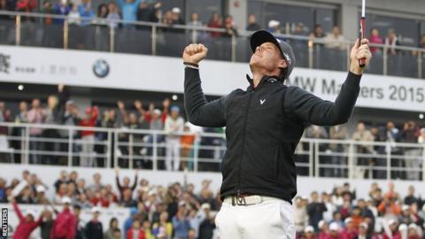 Kristoffer Broberg celebrates his victory