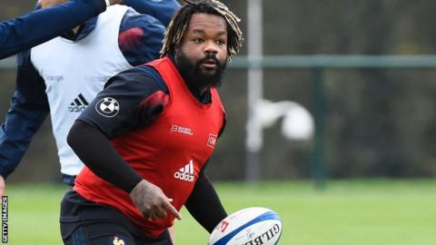 Bastareaud included in France 6N squad