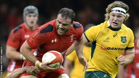 Wales centre Jamie Roberts