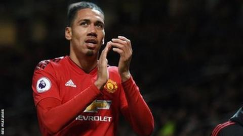 Chris Smalling Man Utd Defender Signs New Contract To 2022 Bbc Sport