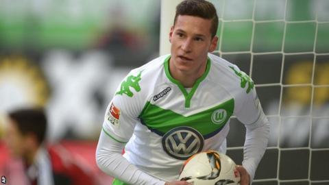 Wolfsburg midfielder Julian Draxler