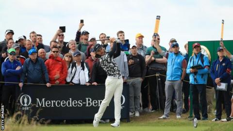 Ireland's Lowry takes British Open lead at Portrush