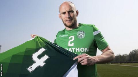 Hibernian captain David Gray signed a new four-year contract this week