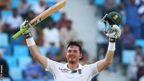 South Africa appoint Graeme Smith acting director of cricket