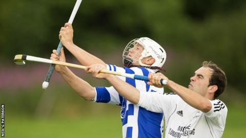 Newtonmore and Oban Camanachd players