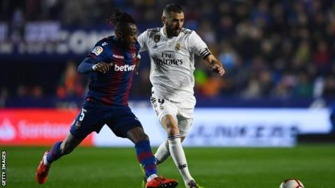 Cheick Doukoure in action for Levante against Real Madrid in La Liga on Sunday