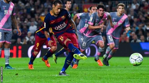 Neymar scores his second penalty for Barcelona against Rayo Vallecano