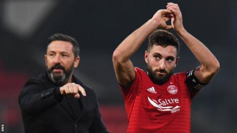 Aberdeen manager Derek McInnes points to Graeme Shinnie's contribution