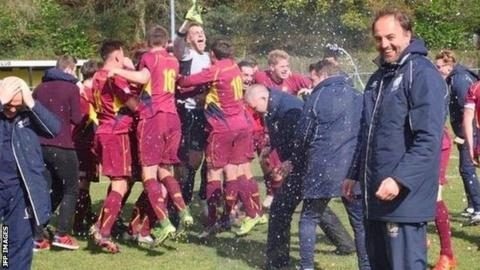 Christian Edwards with Cardiff Met celebrating promotion