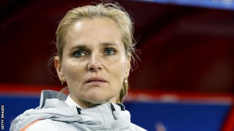 Wiegman to leave Dutch in 2021, coach England's women's team