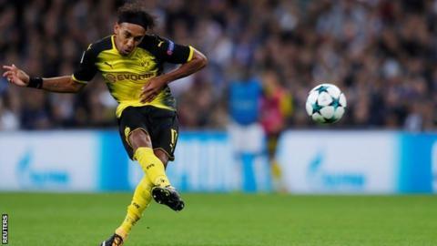 Dortmund confirm star man will face Spurs as coach eyes shock