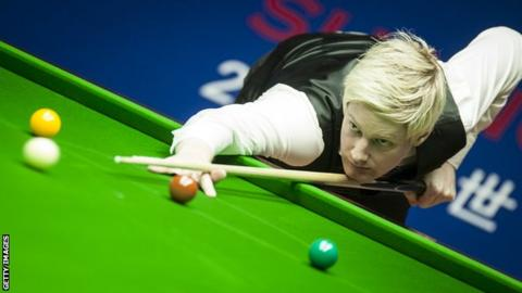 Neil Robertson takes a shot at the 2019 Shanghai Masters
