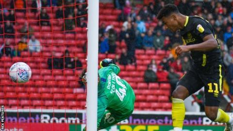 Ollie Watkins makes it 2-1 to Brentford