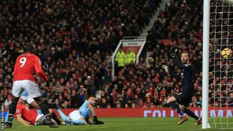 Nicolas Otamendi scores Manchester City's second goal against Manchester United