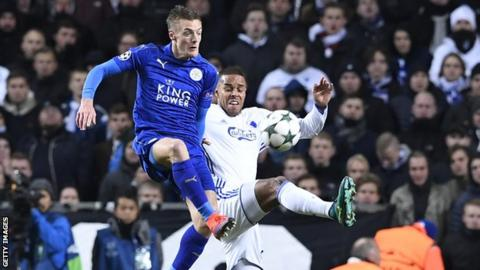 Mathias Jorgensen tussled with Jamie Vardy of Leicester City