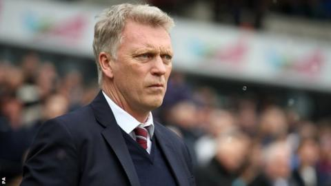 West Ham eyeing options to replace manager David Moyes