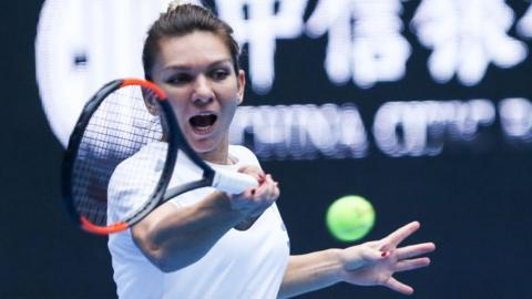 'Worried now': no. 1 Halep retires hurt from China Open