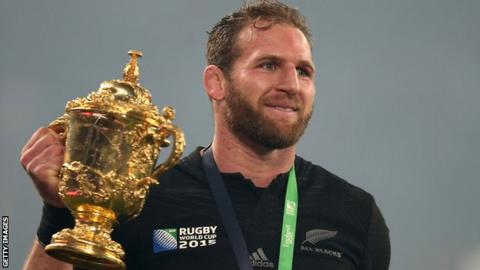 Richie McCaw reacts to Kieran Read's departure
