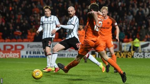 Sam Stanton scores for Dundee United against Dunfermline