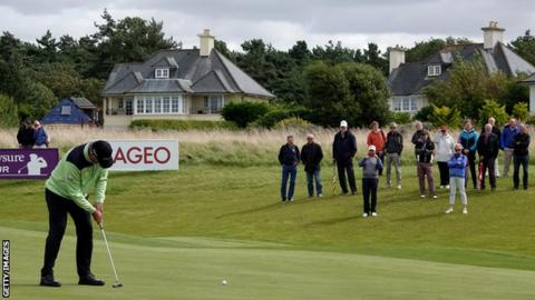 Paul Lawrie carded a level-par final round of 71 to clinch the title