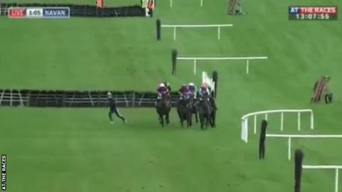 Jockey avoids serious injury while jogging in race with headphones